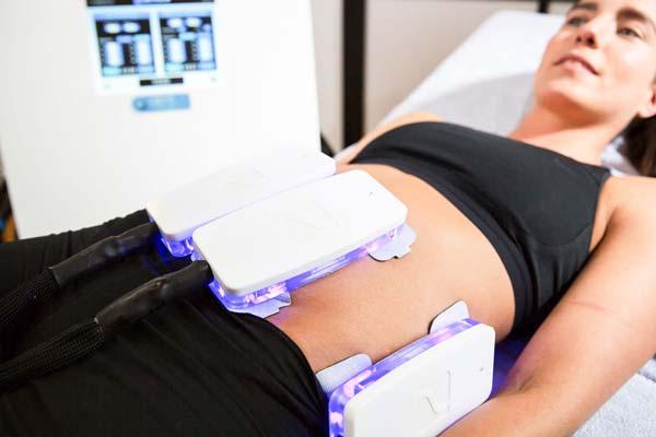 Kryolipolyse am Bauch und Taille
